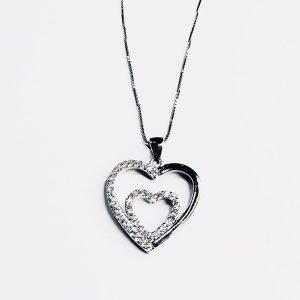 Colar Zirconias 2 Corações Grande Metade Polido 5450880209