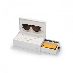 "Box One Sunglasses Powerful ""V"" Óculos Tartaruga OSBHS4552TCC321H"